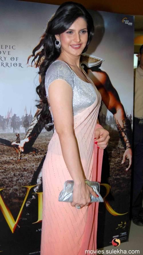Sexy pics of zarine khan