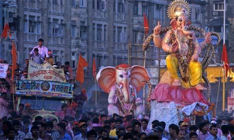 http://www1.sulekha.com/mstore/sreechandrab/albums/default/Ganesh%20Chaturthi%20in%20Mumbai-4.jpg